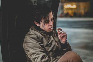 Bagaimana Tetap Berpegang Pada Resolusi Tahun Baru Anda Untuk Berhenti Merokok?