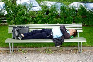 Kerja Cuman Tidur, Di Bayar Sampai Ratusan Juta Rupiah