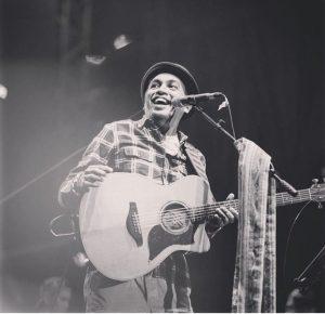 Daftar Lagu Glenn Fredly Yang Mendapat Tempat di Hati Pecinta Musik Tanah Air