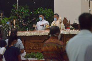 Misa Natal Gereja Kristus Raja Kotamobagu, Jumlah Jemaat Dibatasi 50 Persen