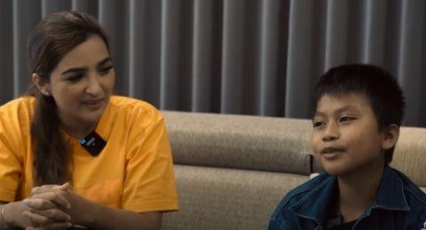 Ashanty dan anak angkatnya putra