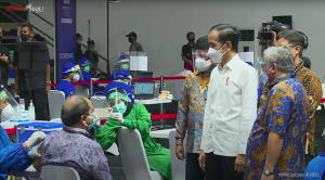 Arahan Presiden, Vaksin Booster Bagi Masyarakat Luas Dimulai Tahun Depan