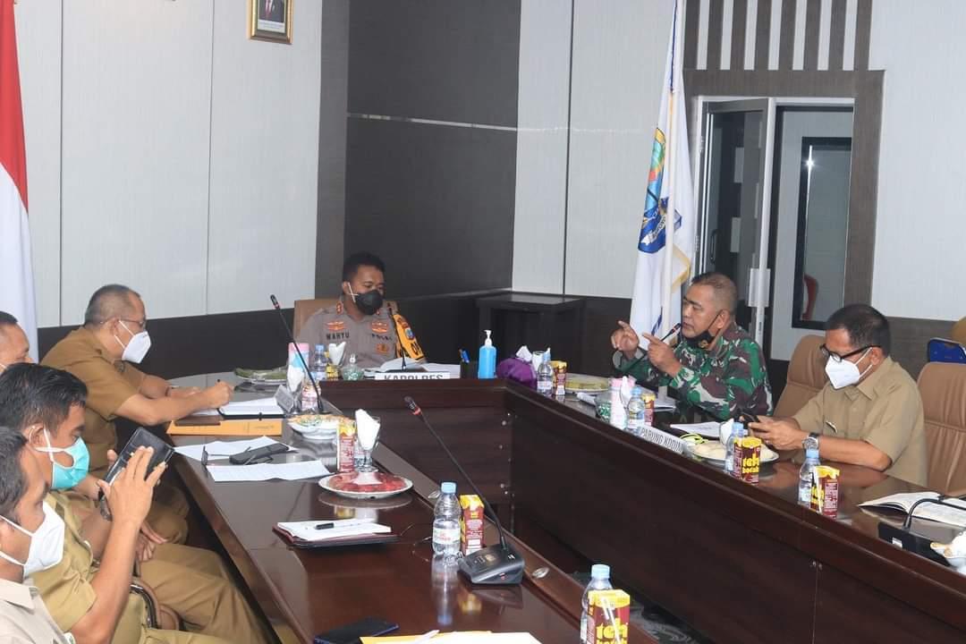 Rapat koordinasi penanganan pandemi covid-19 di Kabupaten Bolaang Mongondow Utara.