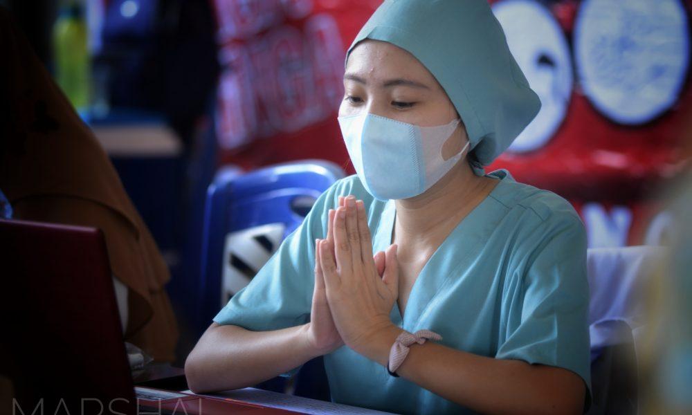 Tenaga kesehatan di Kabupaten Bolaang Mongondow.