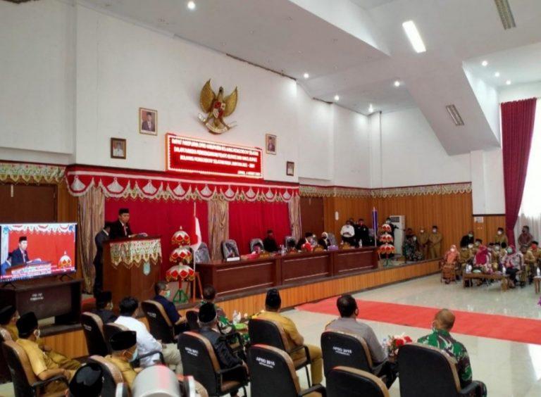 Bupati Iskandar Kamaru pidato dihadapan Wakil Rakyat Bolsel dalam rapat paripurna yang digelar DPRD Bolsel