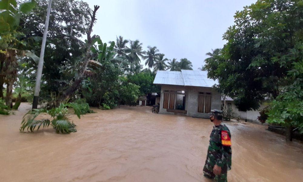 Rumah di Desa Gihang terendam