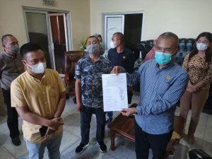 Mosi Tidak Percaya, 5 Fraksi Minta Ketua DPRD Bolmong Diganti