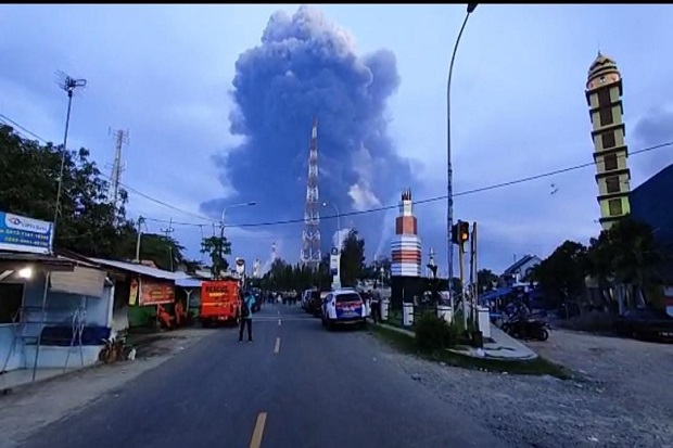 kilang-minyak-pertamina-balongan-terbakar-ridwan-kamil-selamatkan-warga-wta