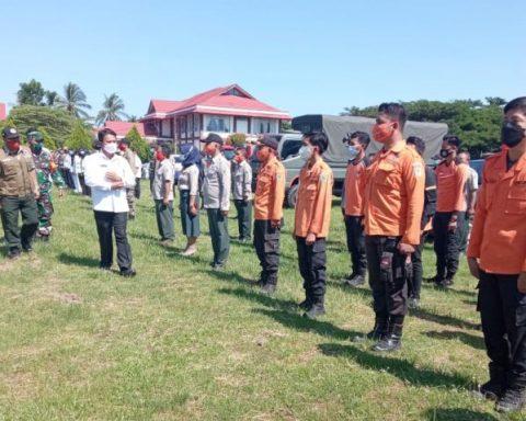 Sekda Bolmong, Tahlis Galang pimpin Apel Kesiapsiagaan.