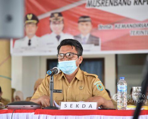 Sekda Bolmong, Tahlis Gallang. (Foto: Diskominfo Bolmong/Gunawan)
