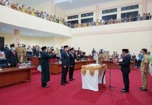 Welty Lantik Dua Anggota DPRD Bolmong Pengganti Antar Waktu