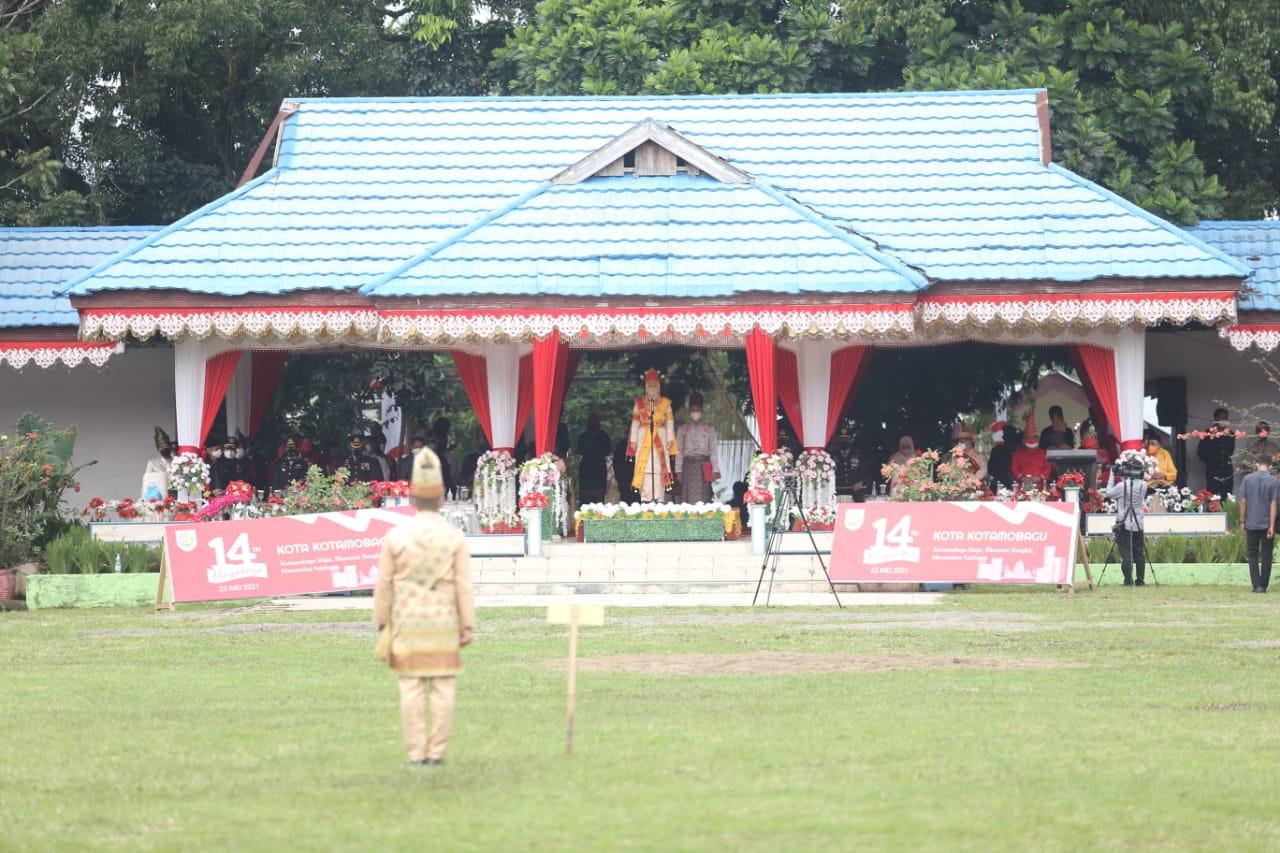 Suasana upacara peringatan HUT Kotamobagu