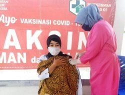 Bekerja dari Rumah tak Berlaku Bagi Vaksinator Covid-19
