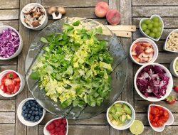 Cara Memilih Makanan untuk Penderita Maag