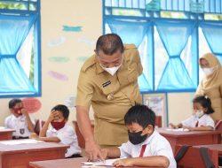 Monitoring PTM, Bupati Bolmut: Prokes di Sekolah Harus Ketat