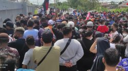 Ribuan Penonton Antre Ingin Saksikan Semifinal Cabor Futsal Papua vs Jatim